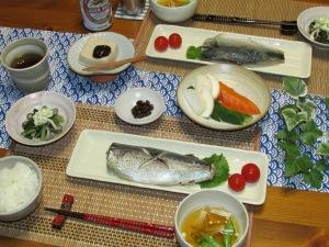 鯖の味噌煮・おすまし・枝豆マヨ和え